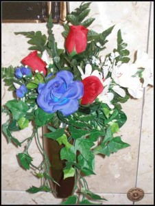 crypt Bouquet J-0793 Red & Blue Roses/ White Fusia Flag optional $20.00