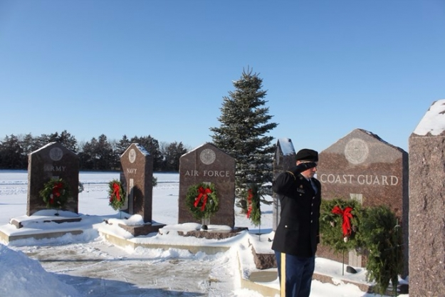 military wreath placement 2016 Sunset Aberdeen cemetery holiday service