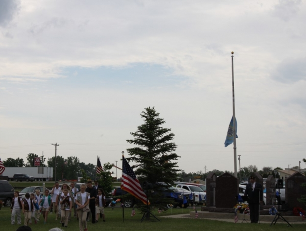 Girl Scouts Memorial Day Aberdeen SD cemetery